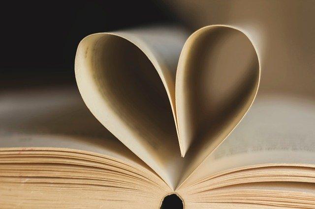 Book Pages Book Page Heart Paper  - un-perfekt / Pixabay