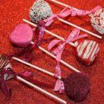 Cake Pop Valentine S Day Red Hearts  - White77 / Pixabay