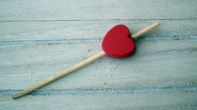 Heart Decoration Red Ornament  - MrGajowy3 / Pixabay