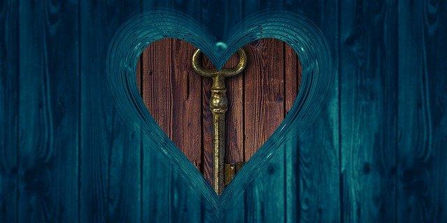 Heart Key Love Boards Access  - geralt / Pixabay