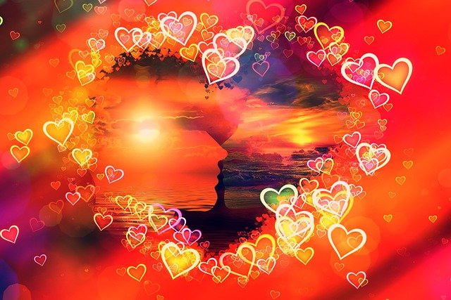 Heart Kiss Romance Romantic Love  - geralt / Pixabay