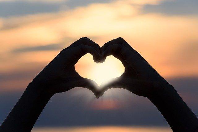 Heart Love Sunset Shape Sign  - PhotoMIX-Company / Pixabay