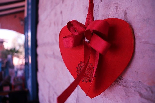 Heart Red Love Home Decoration  - HVesna / Pixabay
