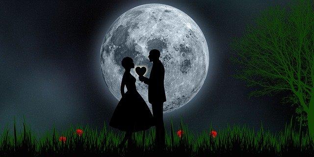 Love Romantic Romantic Night  - susan-lu4esm / Pixabay