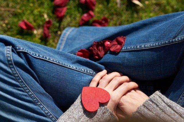 Valentine S Day Love Celebration  - Engin_Akyurt / Pixabay